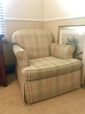 FREE!!!! Glider & Swivel Chair for Sale in Poway, CA