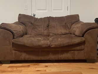 Small Comfy Couch for Sale in Murfreesboro,  TN