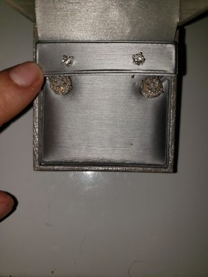 Diamond earrings for Sale in Mountain Center, CA