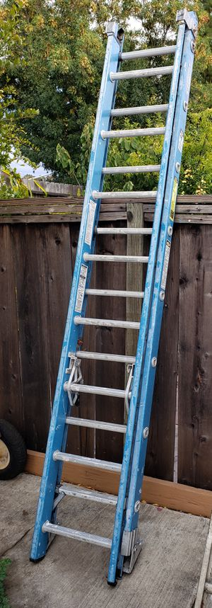Werner 16-ft Fiberglass Type 1 - 250 lbs. Extension Ladder for Sale in Newark, CA