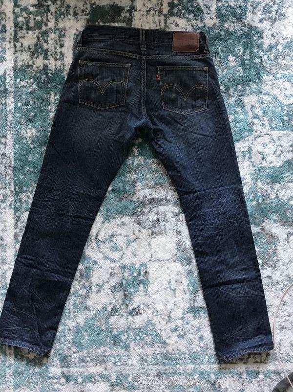 Levi jeans 31 x 32