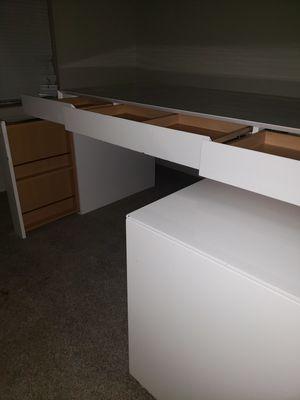 White lacquer desk for Sale in Austin, TX