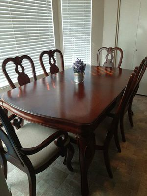 Beautiful dining table for Sale in Mesa, AZ
