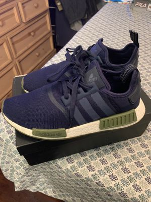 Tenis Adidas size 11.5 muy bonitos for Sale in Long Beach, CA
