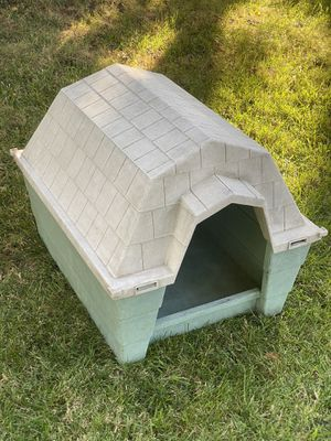 DOG HOUSE!! for Sale in Stockton, CA