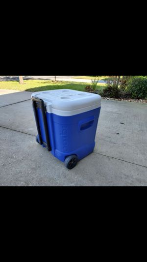Blue cooler with wheels for Sale in Orlando, FL