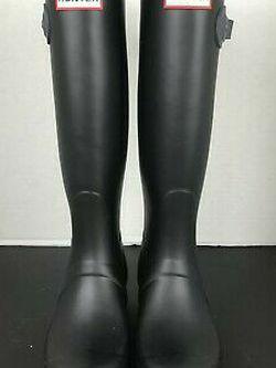 Hunter Tall Rain Boots Size 7 for Sale in Kirkland,  WA