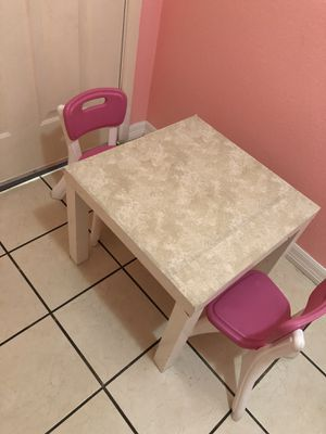Kids table and chairs for Sale in Riverside, CA
