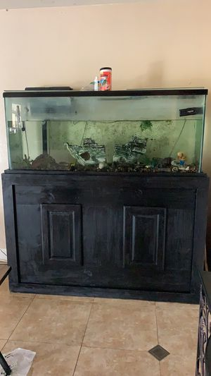 120 Gallon Fish Tank for Sale in Banning, CA