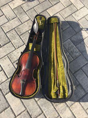 violin needs repair for Sale in Miami, FL