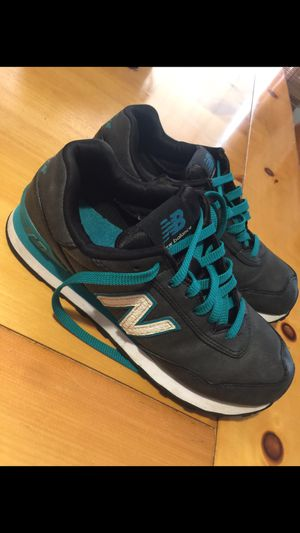 New balance size 7. Almost new for Sale in Phoenix, AZ