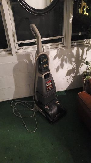 Hoover vacuum for Sale in Dedham, MA