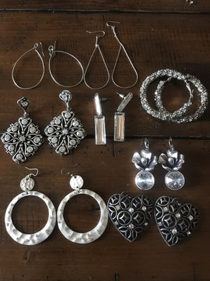 LOT OF 8- silver costume earrings for Sale in Lafayette, CA