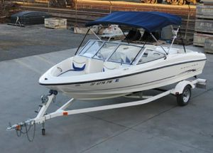 Bayliner 175 Bowrider 16' Boat with Trailer for Sale in San Francisco, CA
