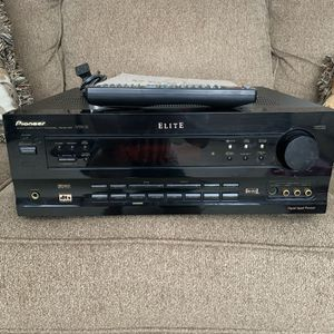 Pioneer ELITE VSX-21 5.1 Channel 400 watts Receiver for Sale in Antioch, CA