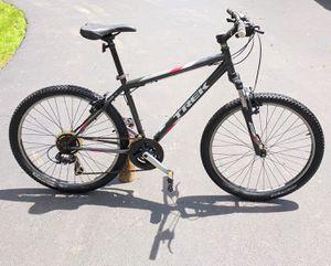 Trek 820 - medium size hardtail mountain bike for Sale in Lombard, IL