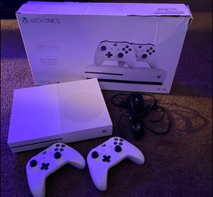 Xbox one s 1 tb 2 controllers for Sale in Grand Haven, MI