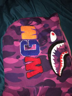 Bape Zip up Hoodie size XXL(fits like a medium/large) for Sale in Washington, DC