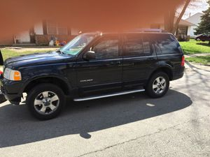 2005 Ford Explorer limited V8 for Sale in Columbus, OH