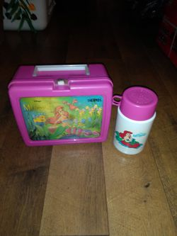 Vintage Little Mermaid Lunch Box With Thermos for Sale in Fairmont,  WV