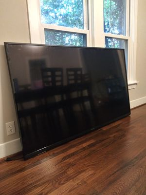 Sharp Aquos 80 inches/ no remote control but this TV works... It has all the apps.. I'm asking $3000 OBO..This TV retails at 4 to $6000 brand new. for Sale in Dallas, TX