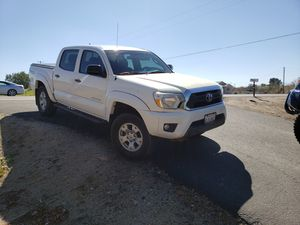 2015 Toyota Tacoma 2wd for Sale in Perris, CA