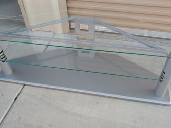 Glass Tv Stand 2 Shelves Up To 65 Inch Tvs Excellent Condition for Sale in Hanford,  CA