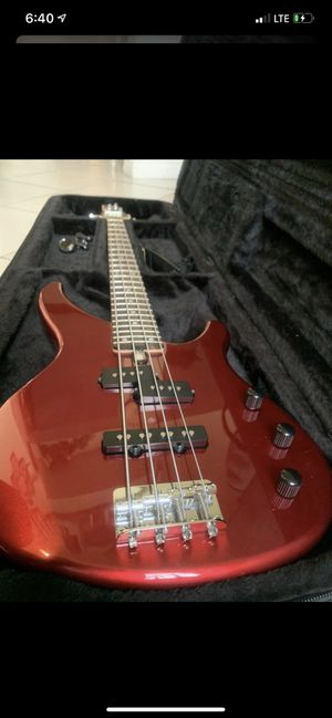 Yamaha TRBX174 Four String Bass Comes w/ Snark Tuner and Gator for Sale in Fontana, CA