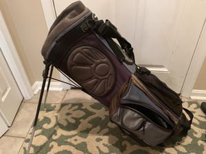 Golf Bag (stand type) for Sale in Germantown, MD