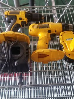 DeWALT Drills, Battery, And Charger 18-Volts for Sale in Kenmore,  WA
