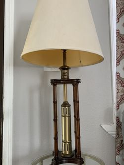 Vintage Knob Creek Old Fashion Antique Style Table Lamp - Night Stand Light Wood for Sale in Los Angeles,  CA