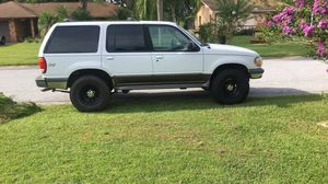 1998 Ford Explorer for Sale in Kissimmee, FL