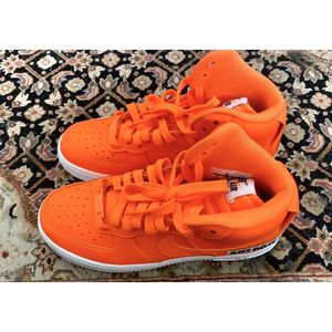 NEON ORANGE HIGH TOP AIR FORCE 1's SIZE 6 GOOD CONDITION for Sale in Miami, FL