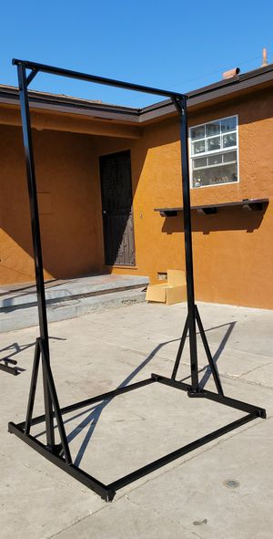 Portable pull up bar for Sale in Hacienda Heights, CA