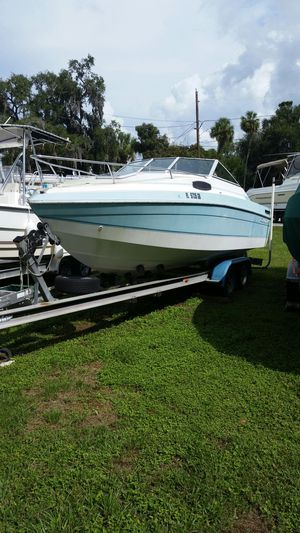 1985 criscraft with 32 foot trailer for Sale in Odessa, FL