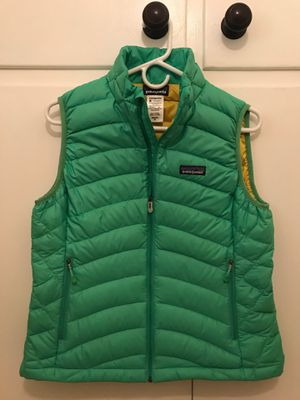 Patagonia Women's Down Sweater Vest - Size Medium for Sale in Los Angeles, CA