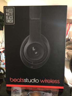 Beats studio wireless color black asking $120 for Sale in North Las Vegas, NV