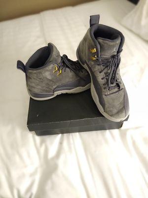 Nike Air Jordan 12 Retro Dark Grey/Wolf Grey size 8 Men's for Sale in Seattle, WA