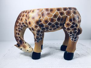 Adorable Giraffe Stand for a Plant for Sale in Gresham, OR