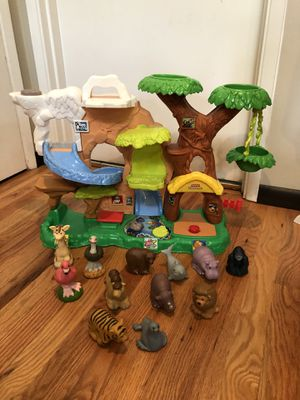 Fisher Price Little People Zoo Talkers play set for Sale in Woodinville, WA