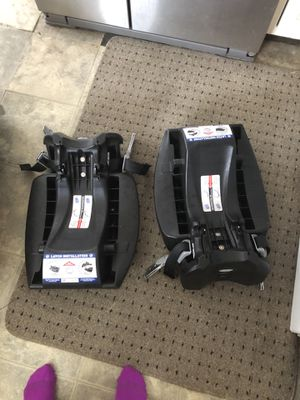 Baby Trend infant car seat, two bases for Sale in Mount Morris, MI
