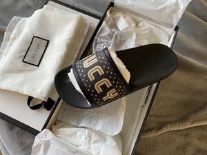 Women's Gucci supreme star slides slippers size 36 for Sale in Westmont, IL