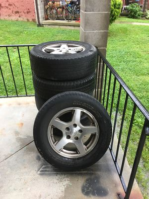 245/65/17 Jeep Cherokee wheels for Sale in Chester, MD