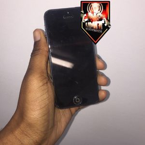 iPhone 5 with plan (Unlocked ) for Sale in Baltimore, MD