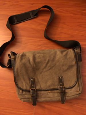 Brown Messenger Bag - barely used for Sale in San Diego, CA