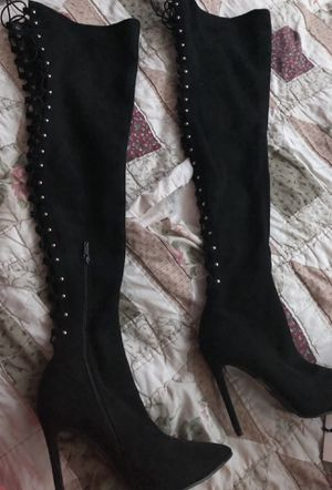 Thigh high boots. Size: 8 1/2 for Sale in North Miami, FL