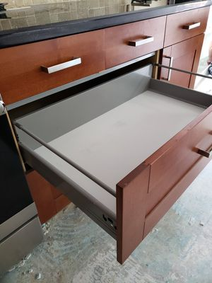 Kitchen cabinets with black granite countertops for Sale in Pembroke Pines, FL