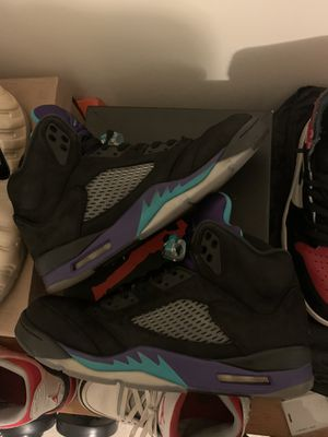 air jordan retro 5 black grape size 10 for Sale in Germantown, MD