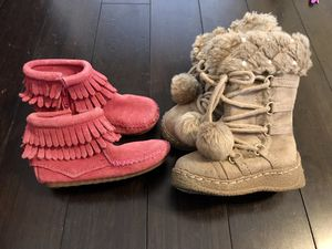 Baby girl shoes boots size 6 for Sale in Cedar Park, TX