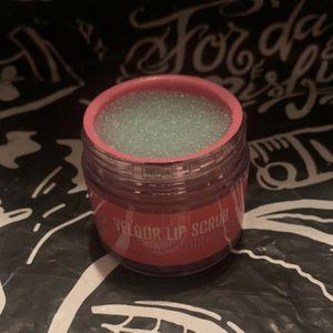 Jeffree Star Lip Scrub for Sale in Clifton, NJ